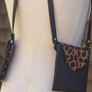 BLACK & CHEETAH- Small leather style purse
