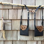 Holdster_black-cheetah_wall