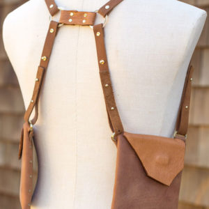 BROWN & CARAMEL SHEEP-Leather handsfree purse